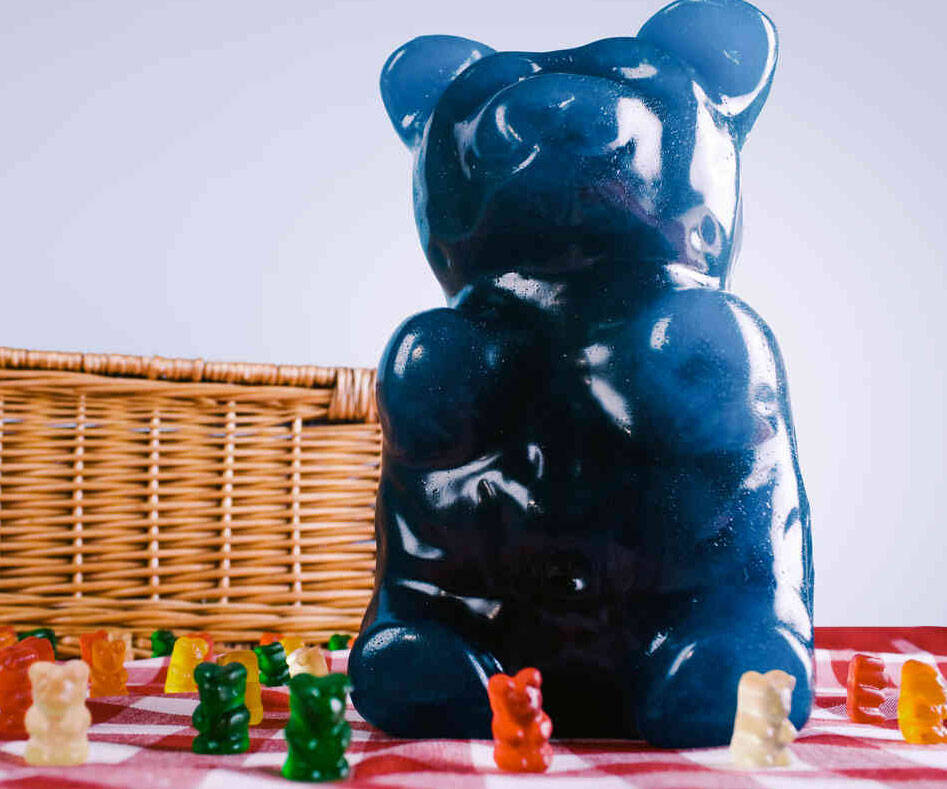 Giant Gummy Bear - http://coolthings.us