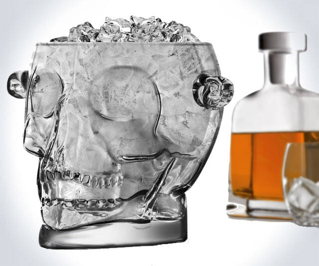 Glass Skull Ice Bucket - http://coolthings.us