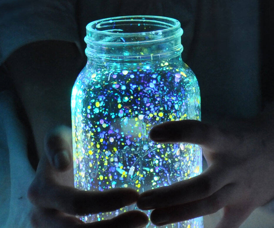 Glow In The Dark Paint - http://coolthings.us