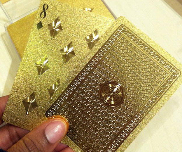 Gold Playing Cards - http://coolthings.us