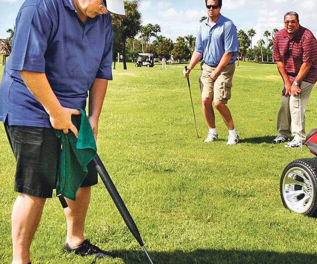 Portable Urinal Golf Club - http://coolthings.us