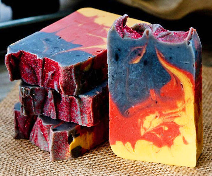 Gunpowder Campfire Whiskey Soaps - http://coolthings.us