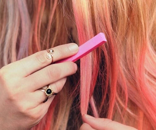 Hair Coloring Chalk - http://coolthings.us