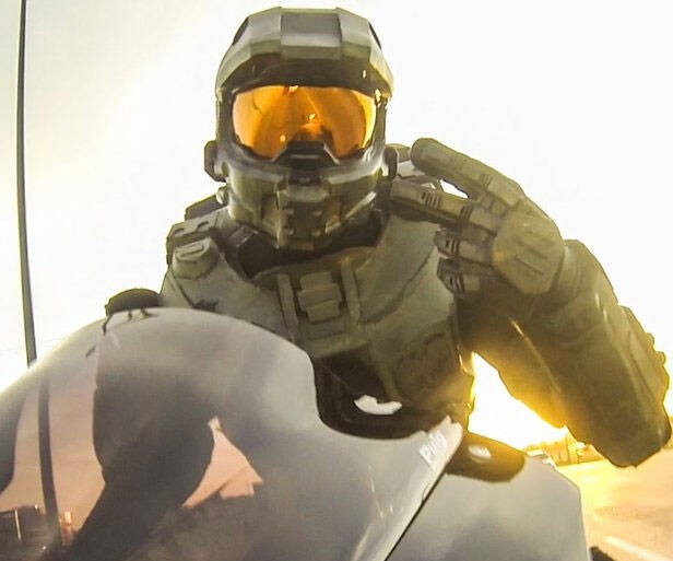 Halo Master Chief Motorcycle Helmet - http://coolthings.us