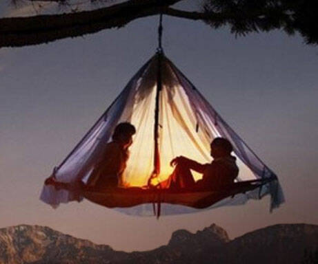 Hanging Tent Platform - http://coolthings.us
