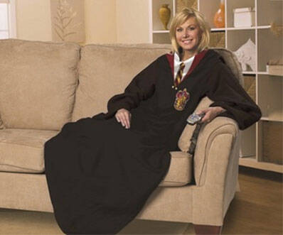 Harry Potter Sleeved Blanket - http://coolthings.us