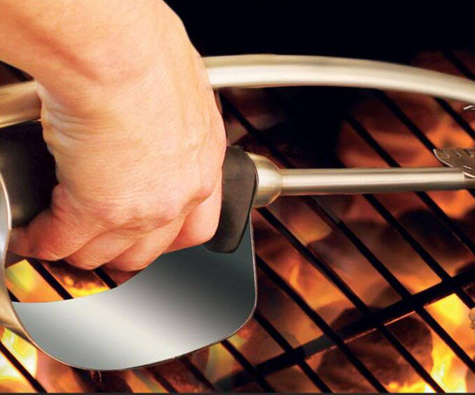 Heat Shield BBQ Tongs - http://coolthings.us