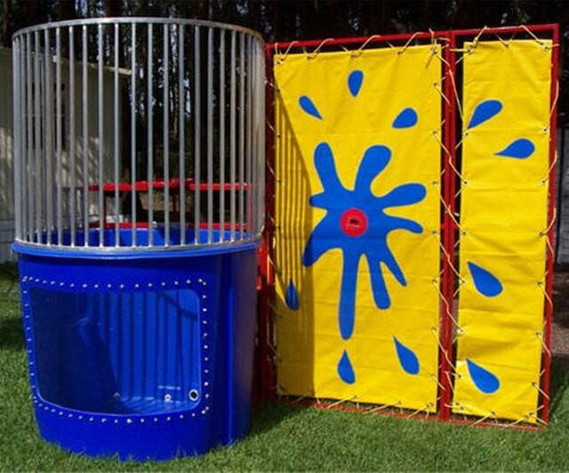 Carnival Dunk Tank - http://coolthings.us