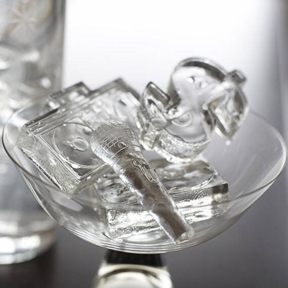 Hip Hopsicles Ice Cube Tray - http://coolthings.us