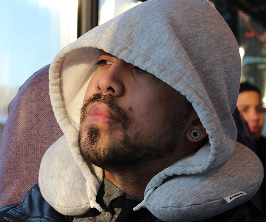 Hoodie Travel Pillow - http://coolthings.us