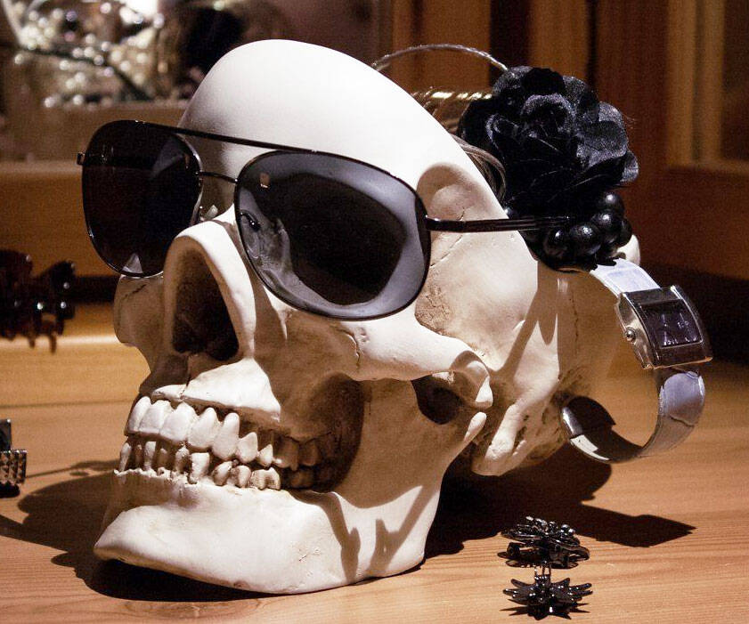Human Skull Tidy - http://coolthings.us