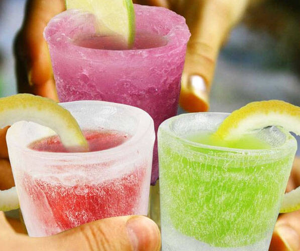 Ice Mold Shot Glasses - coolthings.us