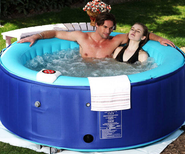 Inflatable Hot Tub - http://coolthings.us