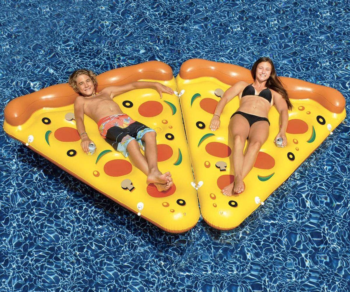 Inflatable Pizza Slice Raft - http://coolthings.us