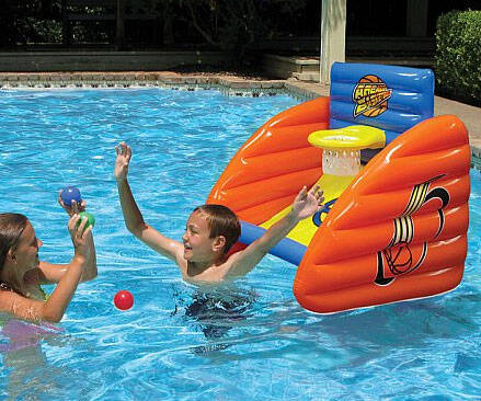 Pool Arcade Basketball - http://coolthings.us