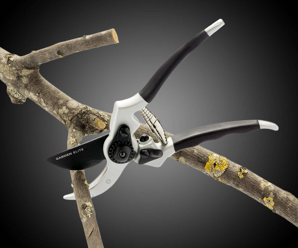 Japanese Steel Pruning Shears - http://coolthings.us