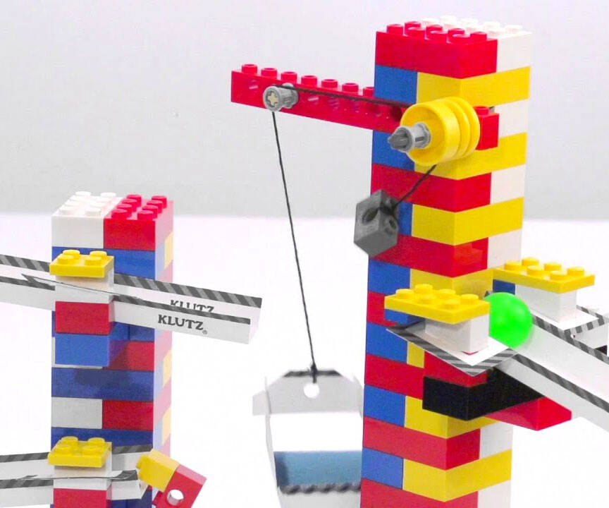 LEGO Chain Reactions Craft Kit - http://coolthings.us
