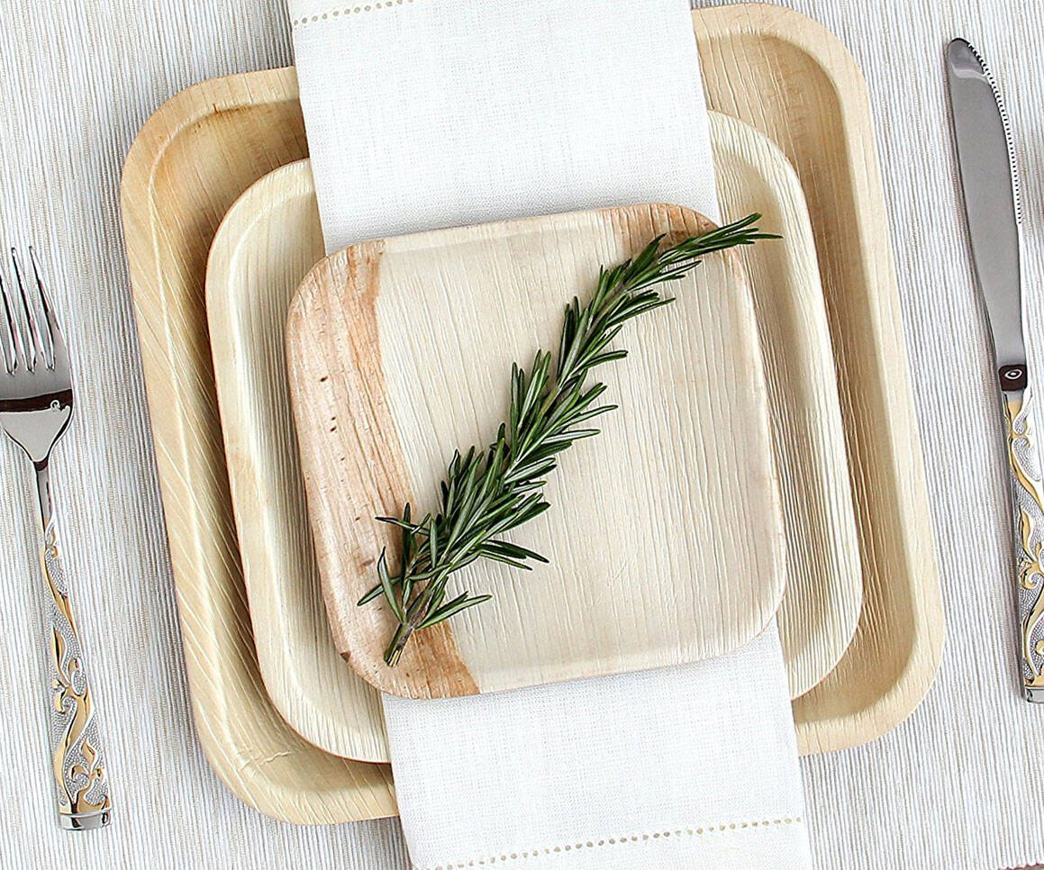 Biodegradable Palm Leaf Plates - http://coolthings.us