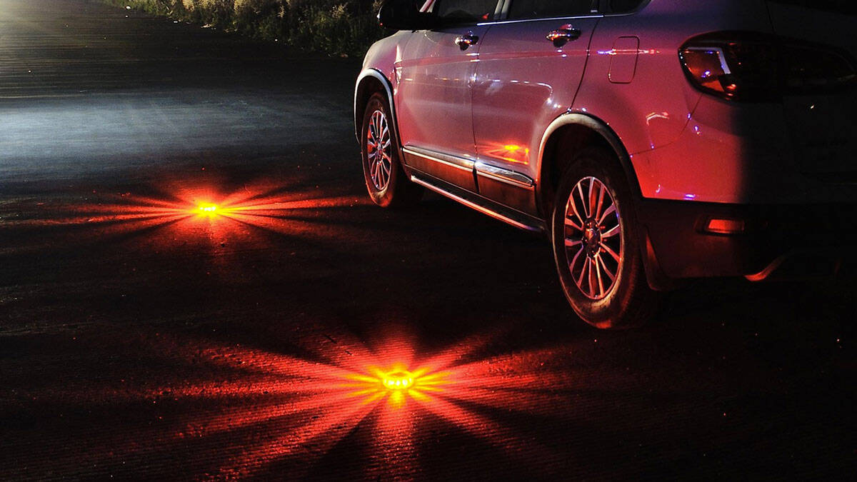 LED Emergency Road Flares - http://coolthings.us