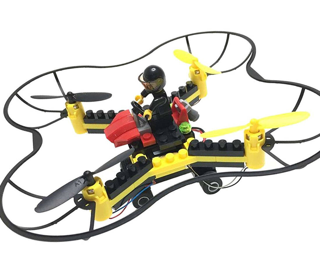 LEGO Flying Drone - http://coolthings.us