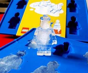 LEGO Man Ice Cubes - http://coolthings.us