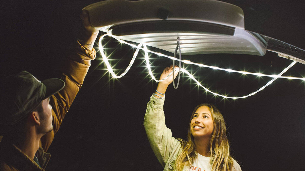Luminoodle Use-Everywhere Light Rope & Lantern - http://coolthings.us