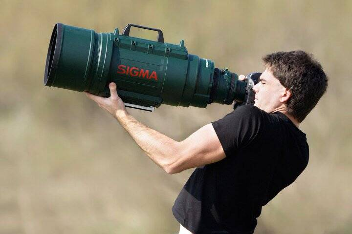 Massive Telephoto Zoom Lens - http://coolthings.us