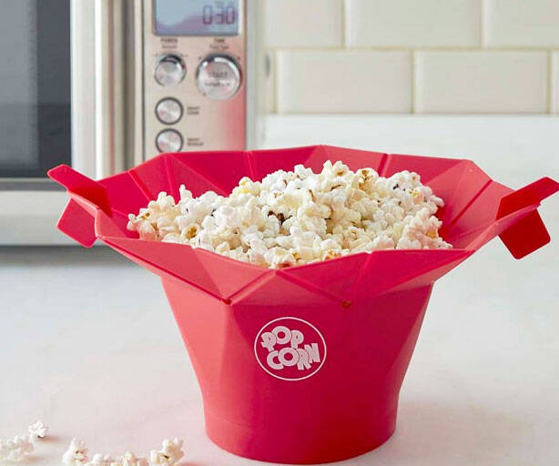 Microwave Popcorn Popper - http://coolthings.us