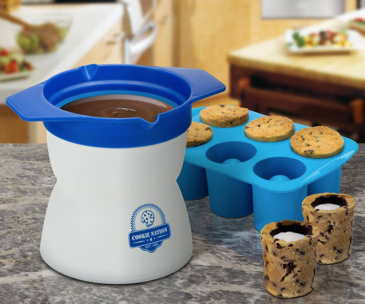 Milk And Cookies Shot Maker - http://coolthings.us