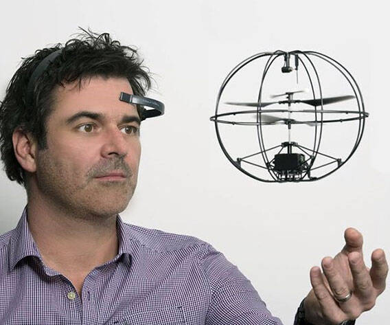 Mind Controlled Helicopter - http://coolthings.us