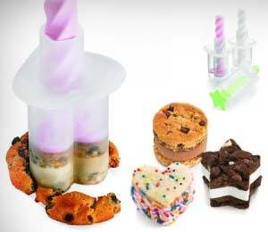 Miniature Ice Cream Sandwich Maker - http://coolthings.us