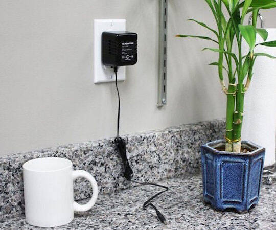 AC Adapter Hidden Spy Camera - http://coolthings.us