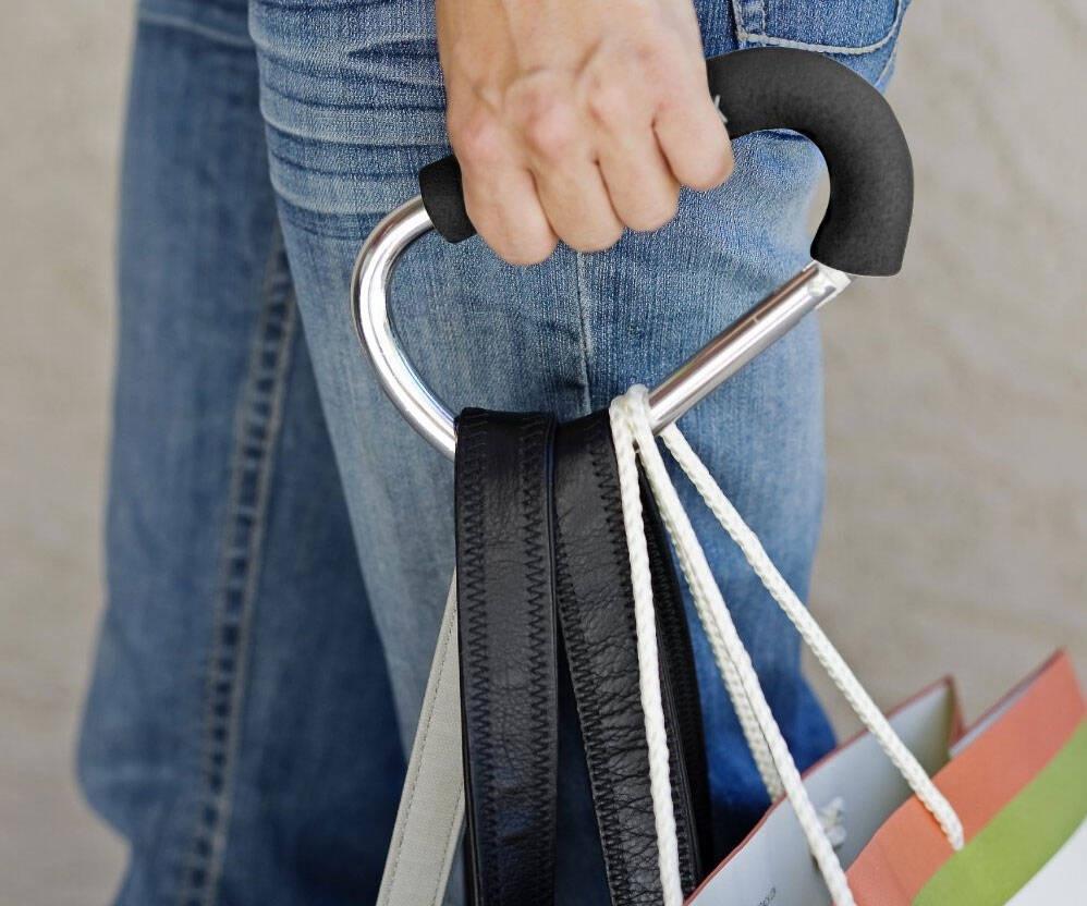 Bulk Grocery Bag Holding Tool - http://coolthings.us