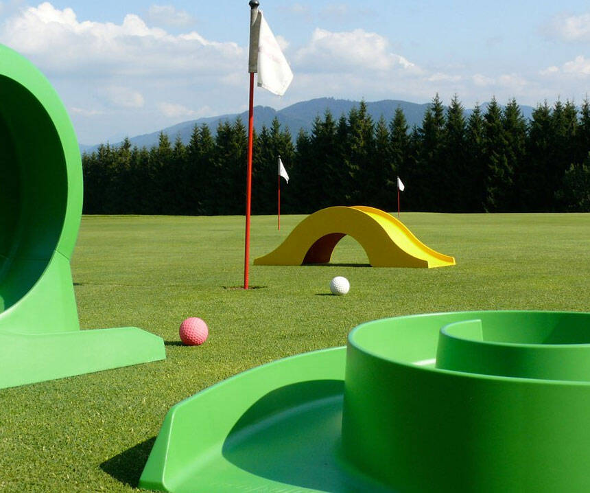 Backyard Mini Golf Set - coolthings.us