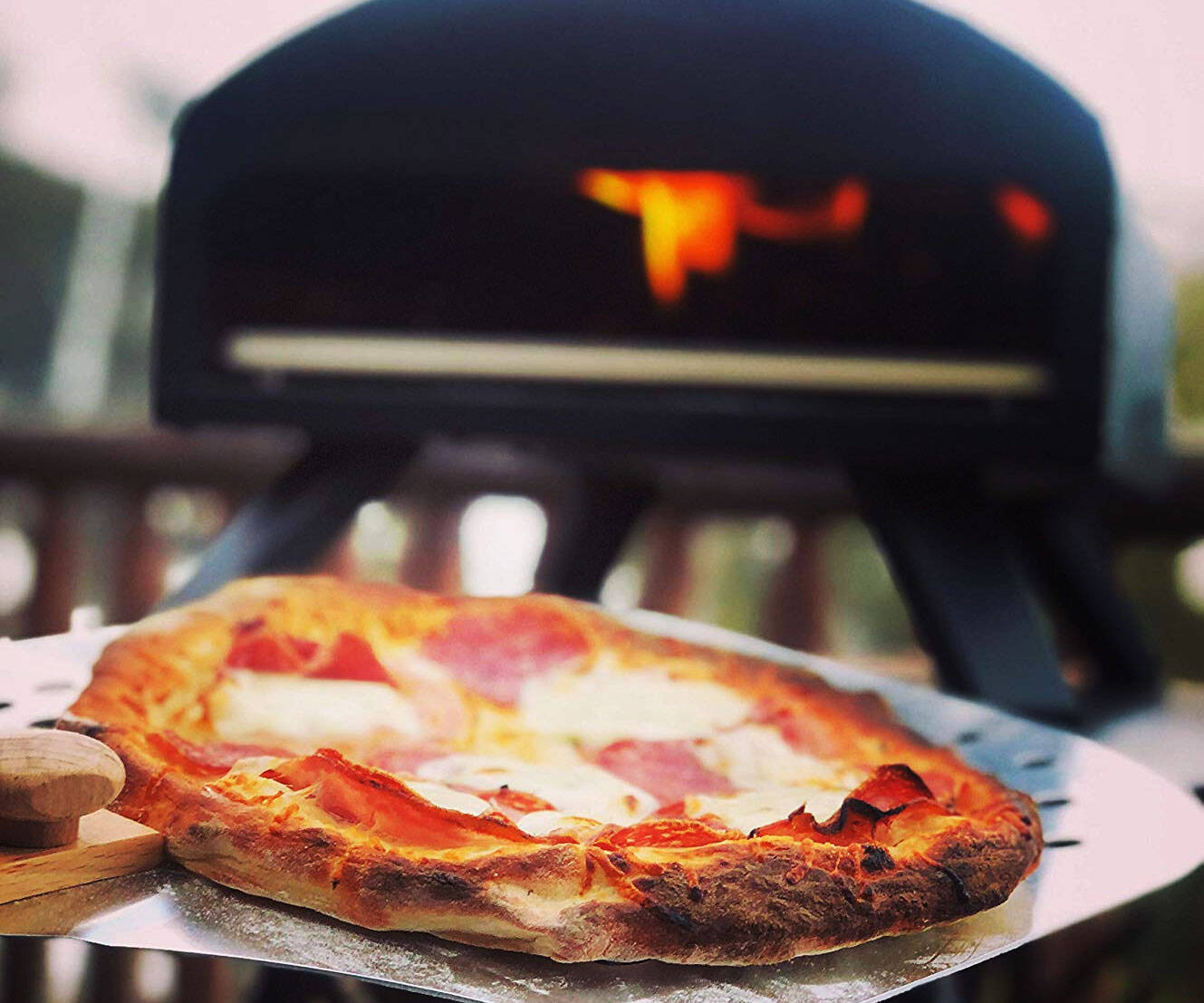 Wood Fire Portable Pizza Oven - http://coolthings.us