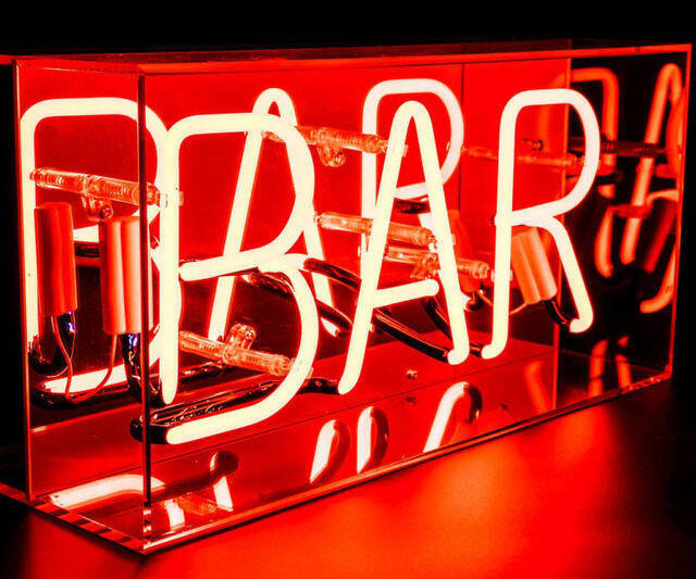 Neon Bar Sign - http://coolthings.us