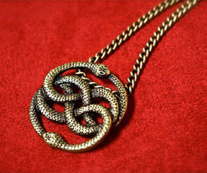 Neverending Story Pendant - http://coolthings.us