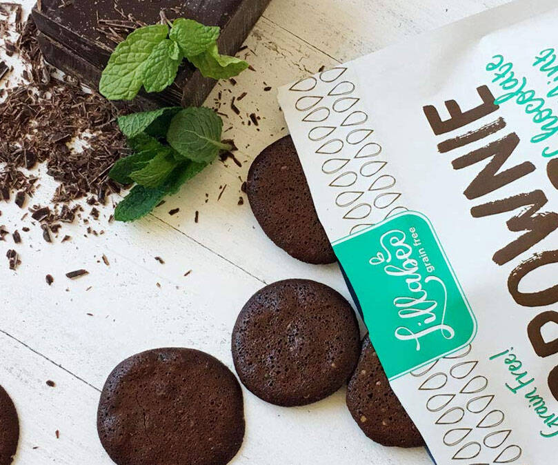 Paleo-Friendly Lillabee Brownie Thins - http://coolthings.us