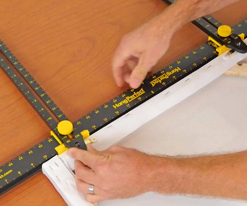 Perfect Picture Hanging Tool - http://coolthings.us