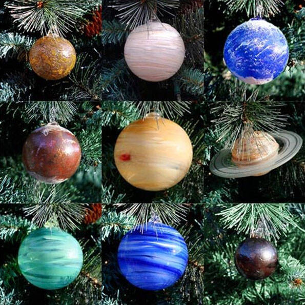 Solar System Planets Ornament Set - http://coolthings.us
