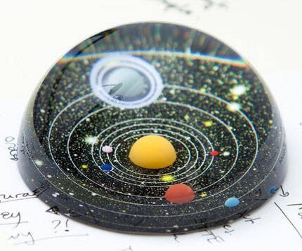 Planetarium Paperweight - http://coolthings.us