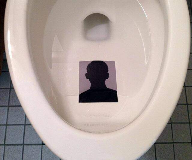 Toilet Targets - http://coolthings.us