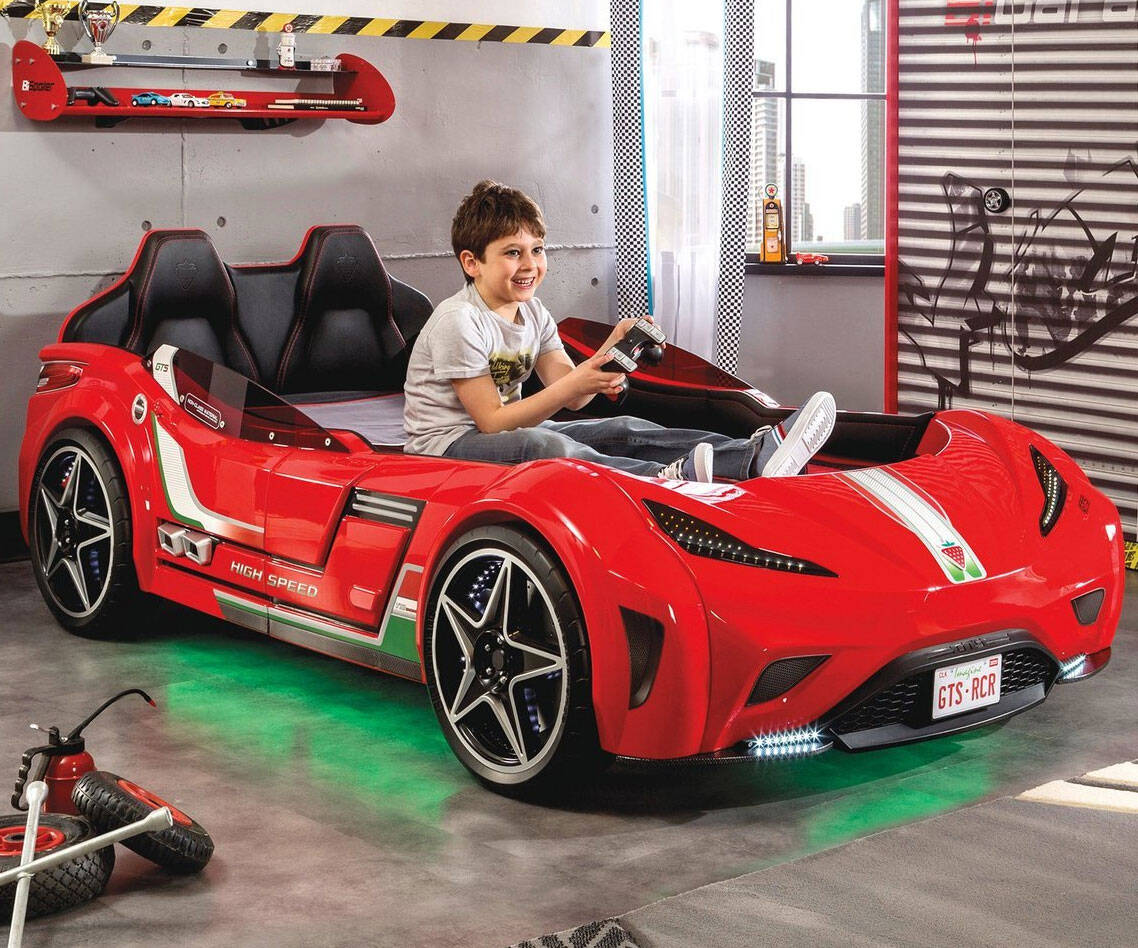 Race Car Bed - http://coolthings.us