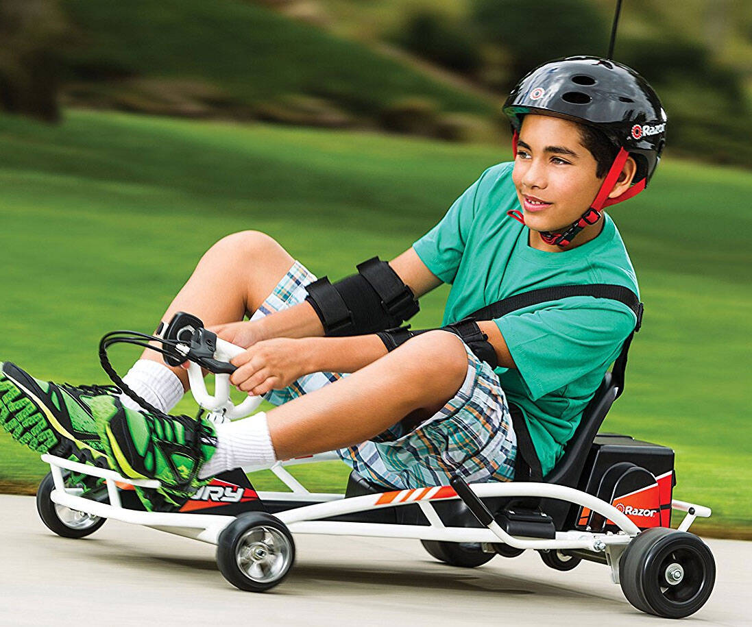 Drifting Go Kart - http://coolthings.us