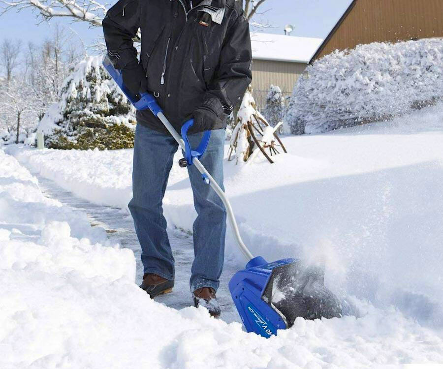 Rechargeable Electric Snow Shovel - http://coolthings.us