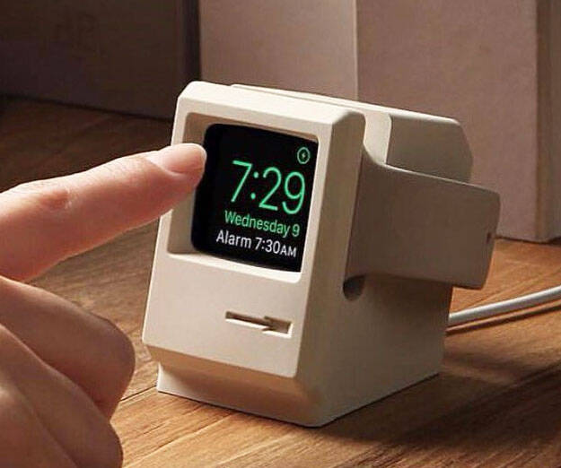 Retro Apple Watch Docking Station - http://coolthings.us