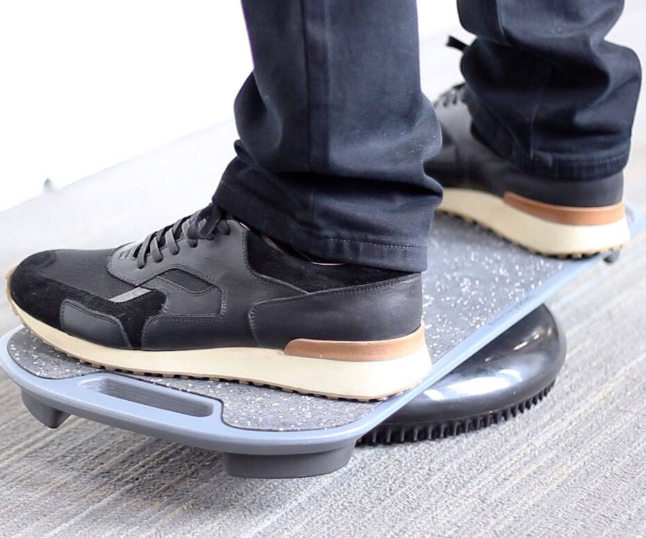 Standing Desk Balance Board - http://coolthings.us