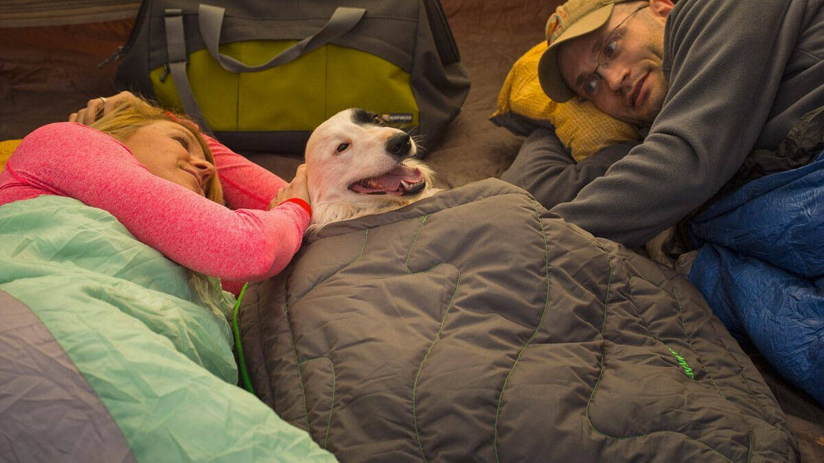Ruffwear Sleeping Bag For Dogs - http://coolthings.us