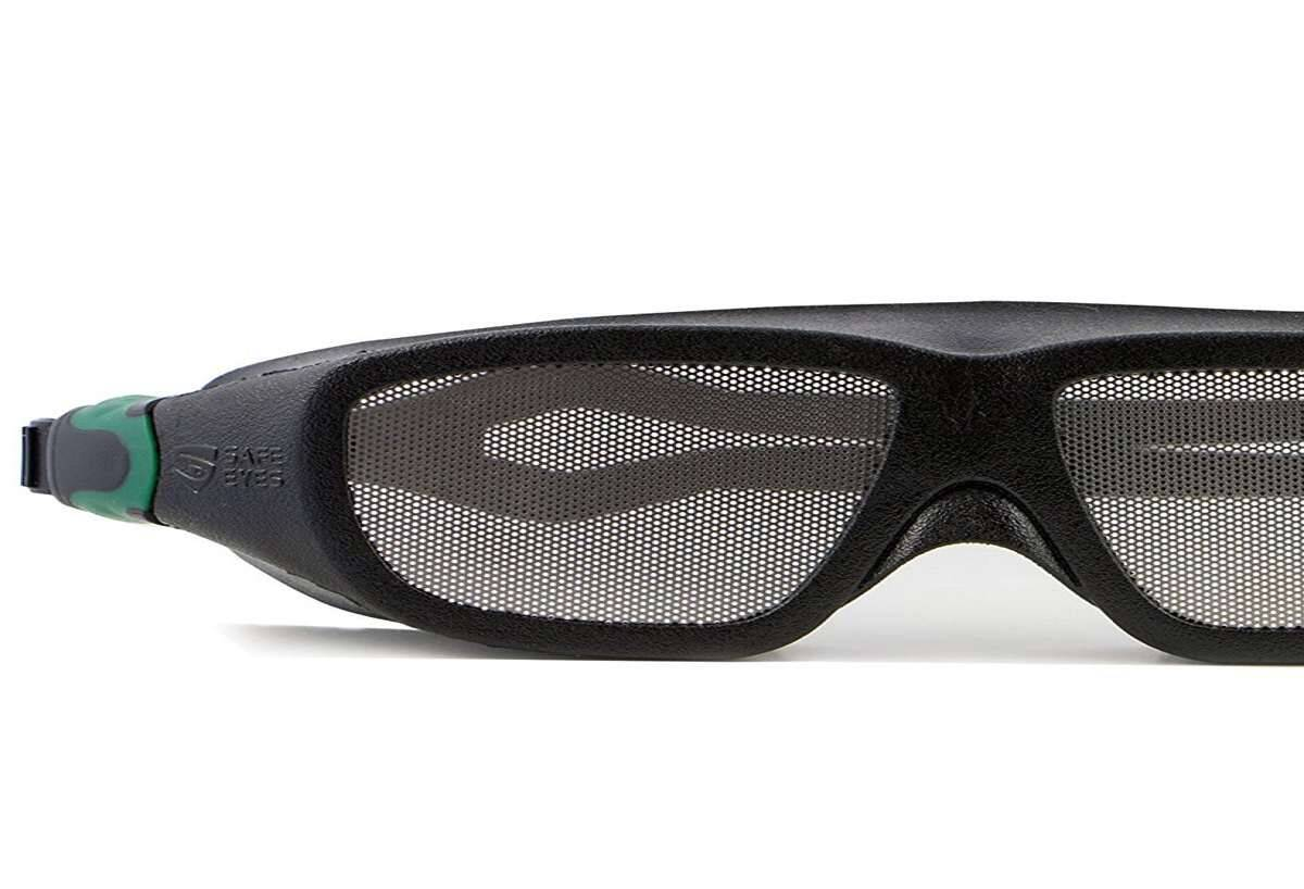Safe Eyes Mesh No-Fog Safety Goggles - coolthings.us