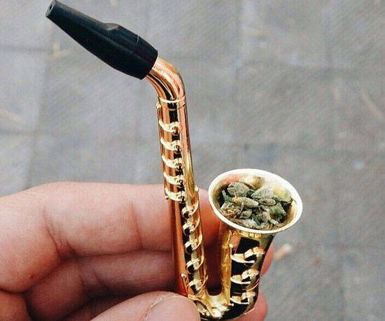 Saxophone Pipe - http://coolthings.us